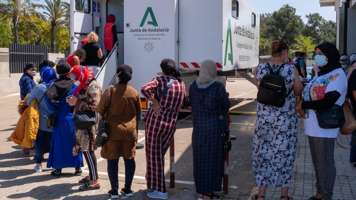 Interfresa y sus organizaciones miembro se vuelvan en el operativo de repatriación de las trabajadoras marroquíes